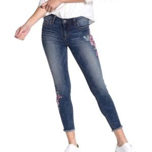 Kut from the Kloth Size 12 Embroider Cropped Jean